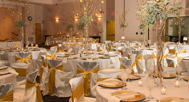 Chair Cover Rentals Oakland County Mi Linen Rental